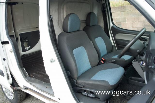 FIAT DOBLO 1.9 Multijet 8V SX Van