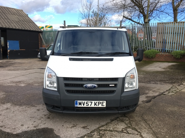 ford transit low roof van tdci 85ps for sale in preston grosvenor garage. Black Bedroom Furniture Sets. Home Design Ideas