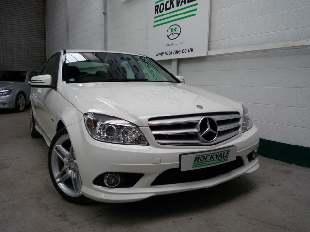 MERCEDES-BENZ C CLASS C180 CGI BlueEFFICIENCY Sport 4dr Auto