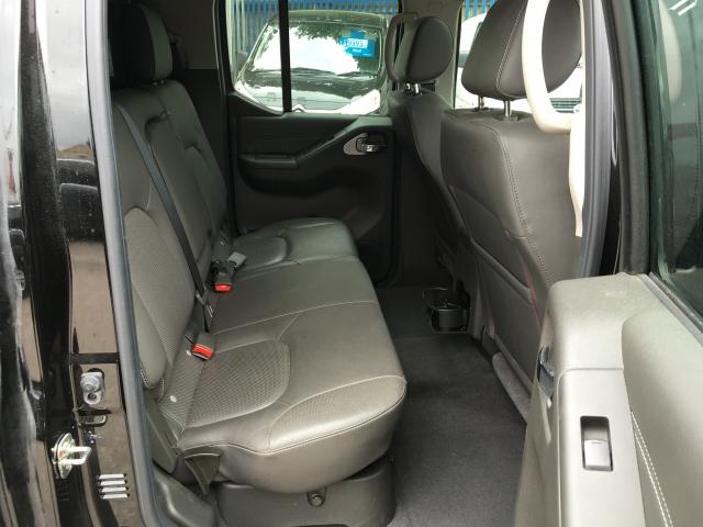 NISSAN NAVARA Double Cab Pick Up Tekna 2.5dCi 190 4WD