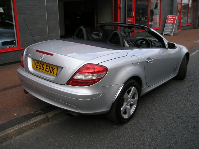 mercedes benz slk slk 200k 2dr tip auto for sale in ellesmere port davies car sales. Black Bedroom Furniture Sets. Home Design Ideas