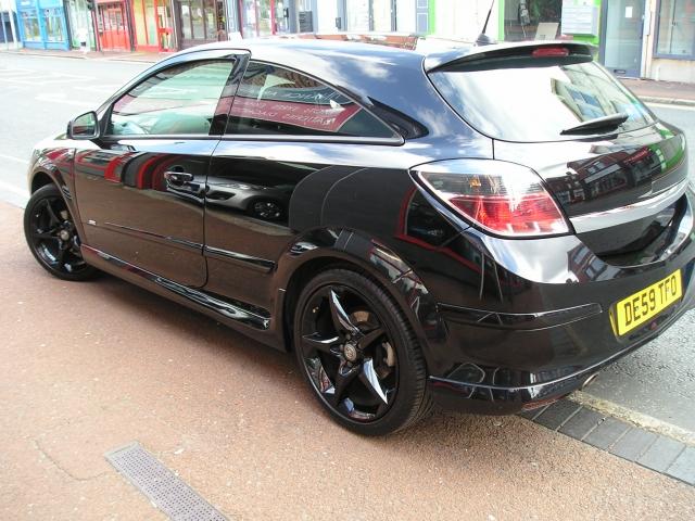 Vauxhall Astra Vvt Sri 3dr Exterior Pack For Sale In Ellesmere Port Davies Car Sales