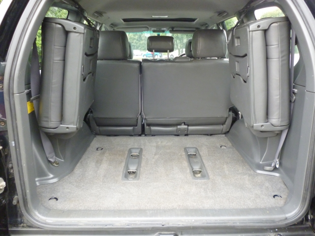 TOYOTA LAND CRUISER COLORADO 3.0 LC4 8-SEATS D-4D 5DR Automatic