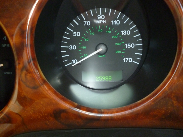JAGUAR XJ 4.0 SOVEREIGN V8 LWB 4DR Automatic