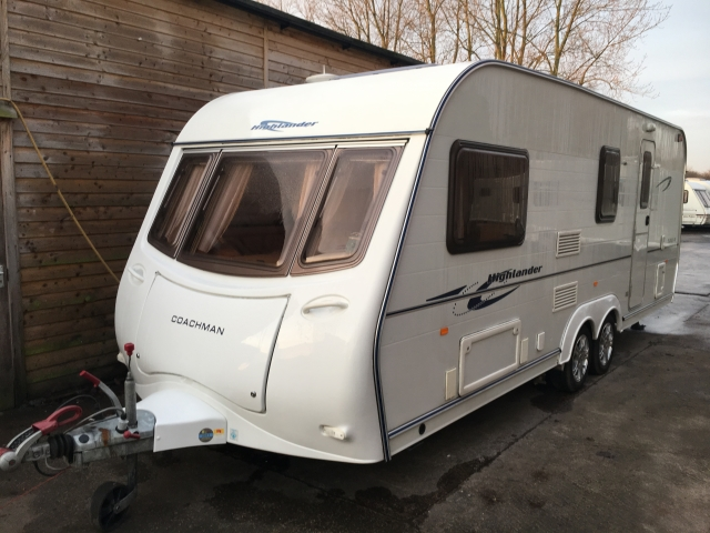 COACHMAN Highlander 560-4 Twin axle with Mover