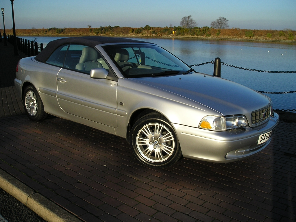volvo c70 2 0 t 2dr manual for sale in ellesmere port. Black Bedroom Furniture Sets. Home Design Ideas
