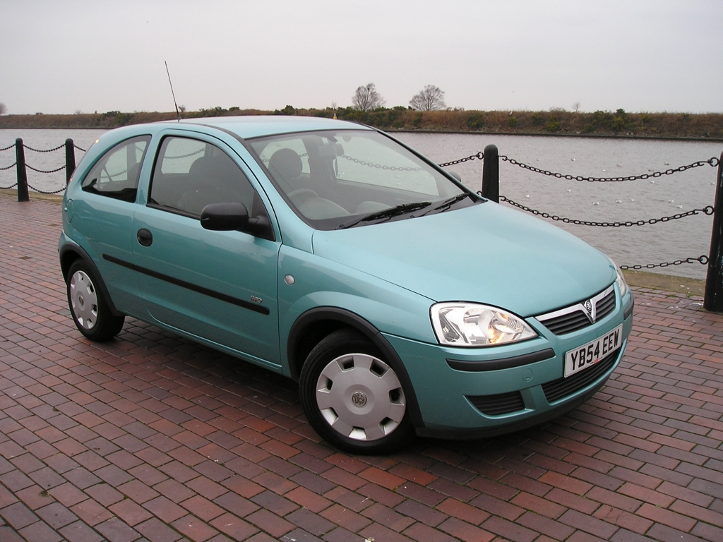 vauxhall corsa 1 0 life 12v twinport 3dr manual for sale in ellesmere port davies car sales. Black Bedroom Furniture Sets. Home Design Ideas