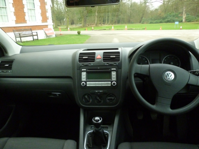 VOLKSWAGEN GOLF 1.4 S 5DR Manual
