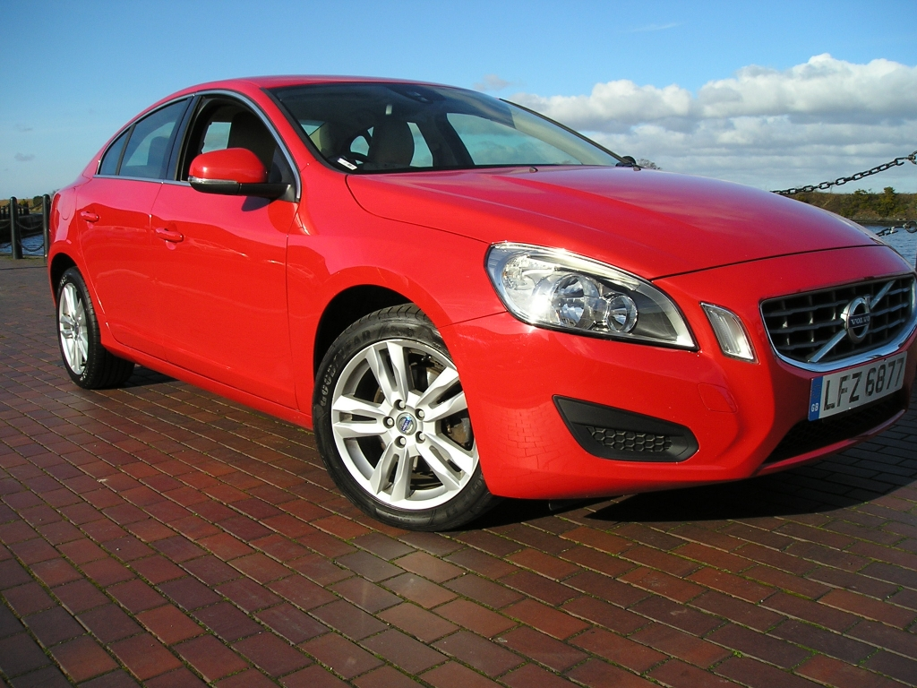 volvo s60 2 0 d3 se 4dr manual for sale in ellesmere port davies car sales. Black Bedroom Furniture Sets. Home Design Ideas