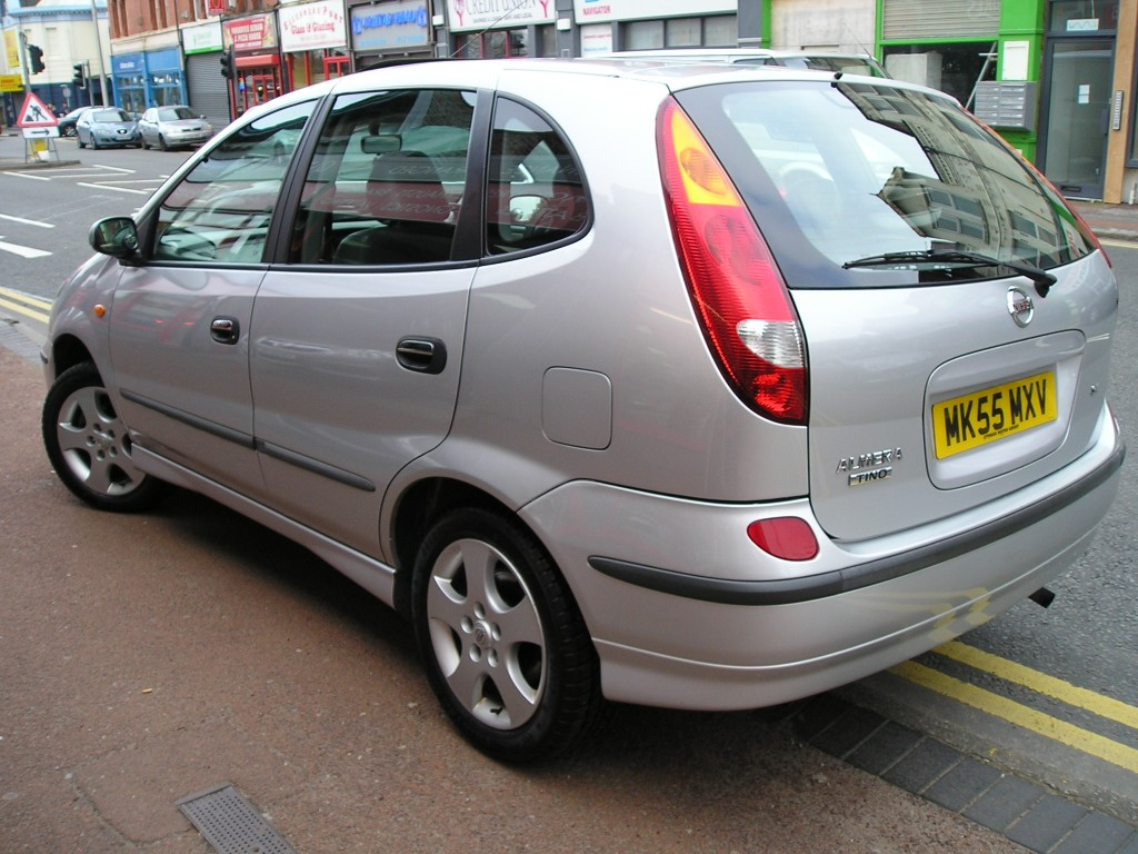 nissan almera 1 8 tino se 5dr manual for sale in ellesmere port davies car sales. Black Bedroom Furniture Sets. Home Design Ideas