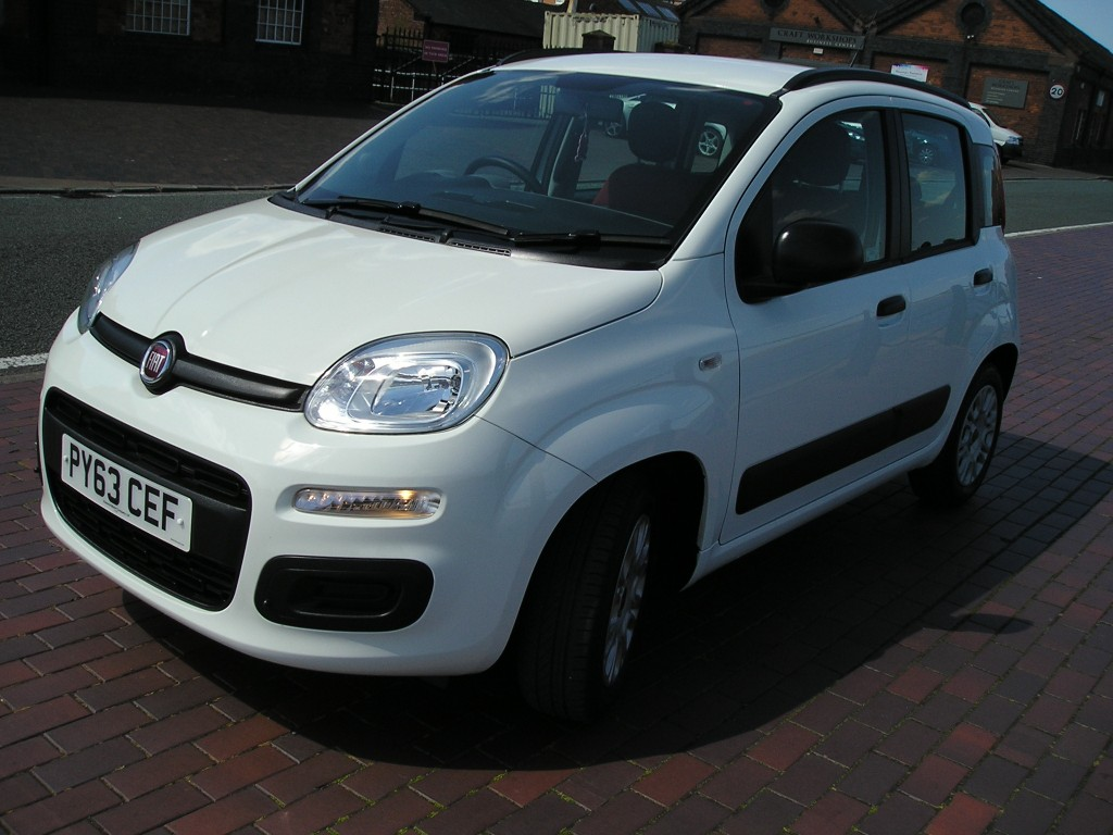 FIAT PANDA 1.2 EASY 5DR Manual