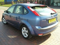 FORD FOCUS 1.6 ZETEC CLIMATE 5DR Manual