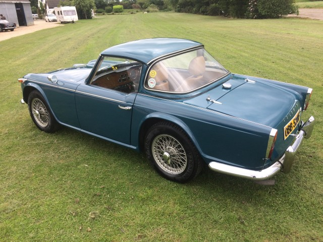 TRIUMPH TR4A TR4A For Sale in Knutsford - T R Bitz