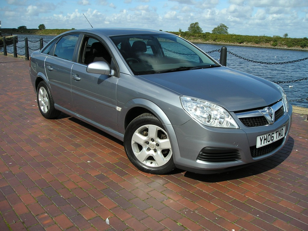 vauxhall vectra 1 8 vvt exclusiv 5dr manual for sale in ellesmere rh davies carsales co uk Vauxhall Astra VXR Ford Mondeo
