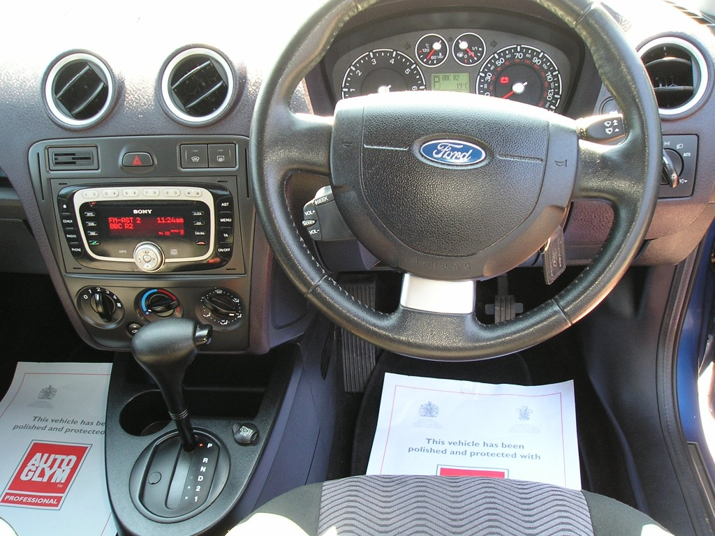 FORD FUSION 1.6 FUSION PLUS 5DR Automatic