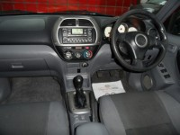 TOYOTA RAV-4 2.0 GX D-4D 5 door diesel 4wd glass tilt slide sunroof a/c fsh 2 pre owners grey velour trim