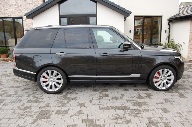 LAND ROVER RANGE ROVER 4.4 SDV8 VOGUE SE EXECUTIVE