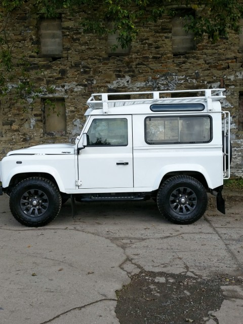 Used LAND ROVER DEFENDER 2.4 90 COUNTY STATION WAGON 3DR in Lancashire