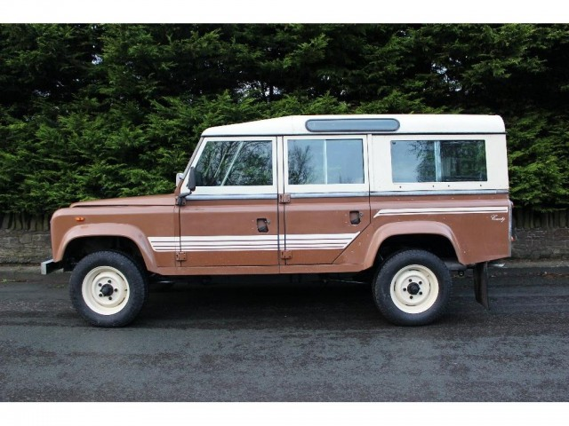 Used LAND ROVER 110 3.5 V8 SW in Lancashire