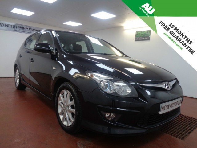 Used HYUNDAI I30 1.6 COMFORT CRDI 5DR in West Yorkshire