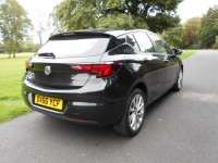 VAUXHALL ASTRA 1.4 DESIGN 5DR Manual