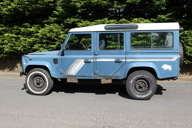 Used LAND ROVER 110 2.5 4CYL COUNTY SW DT in Lancashire