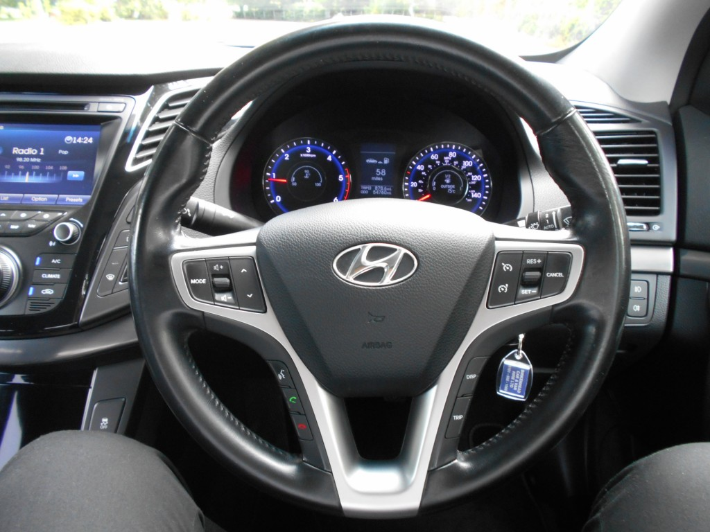 HYUNDAI I40 1.7 CRDI STYLE BLUE DRIVE 4DR