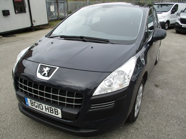 PEUGEOT 3008 1.6 ACTIVE HDI 5DR