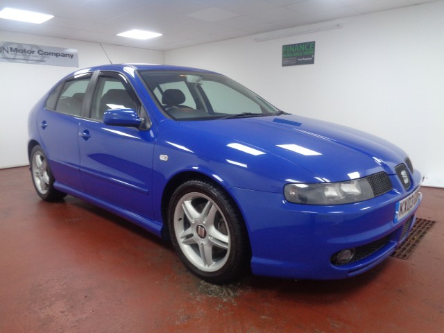 Used SEAT LEON 1.8 T CUPRA 20V 5DR in West Yorkshire