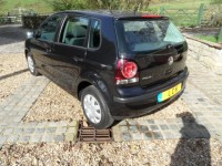 VOLKSWAGEN POLO 1.2 E 5 door hatchback - black power steering central locking cd radio valeted serviced AA approved