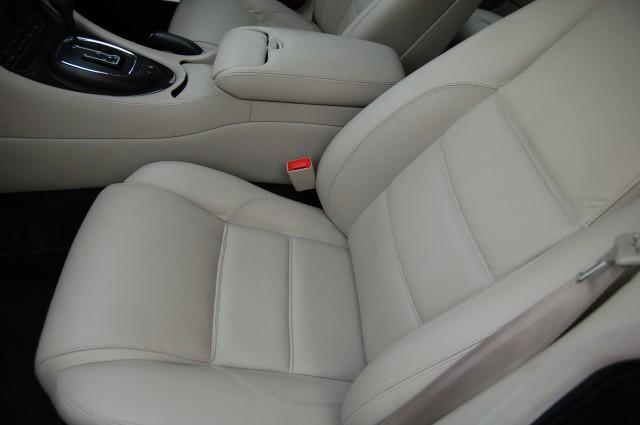 JAGUAR XJ 4.0 R V8 SUPERCHARGED 4DR AUTOMATIC
