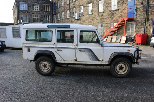 Used LAND ROVER 110 2.5 4CYL SW DT 5DR in Lancashire