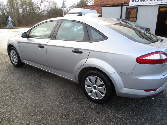 FORD MONDEO 2.0 EDGE 5DR