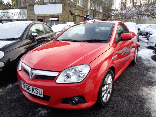 Used VAUXHALL TIGRA 1.4 SPORT 16V 2DR in West Yorkshire