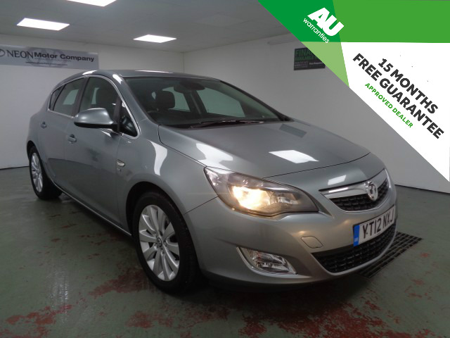 Used VAUXHALL ASTRA 1.7 SE CDTI ECOFLEX S/S 5DR in West Yorkshire