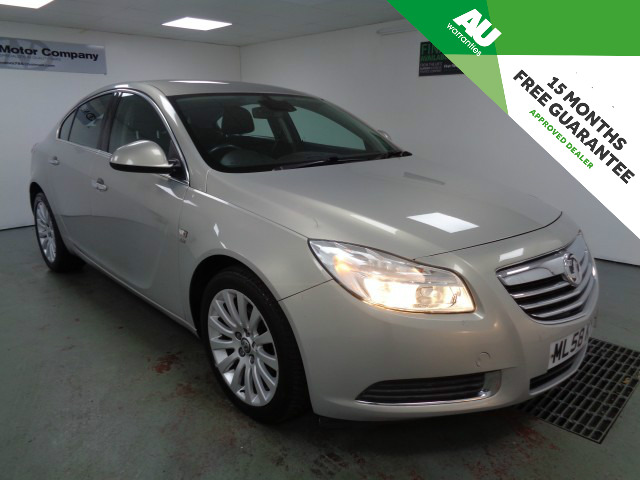 Used VAUXHALL INSIGNIA 2.0 SE NAV CDTI 5DR in West Yorkshire