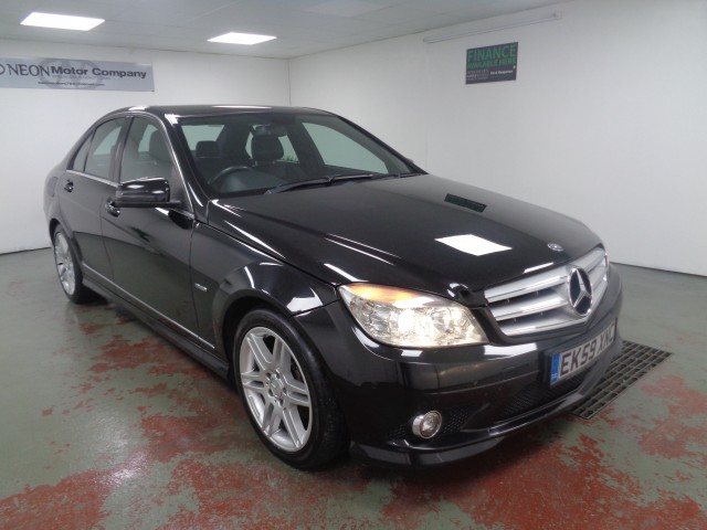 Used MERCEDES-BENZ C-CLASS 2.1 C220 CDI BLUEEFFICIENCY SPORT 4DR in West Yorkshire