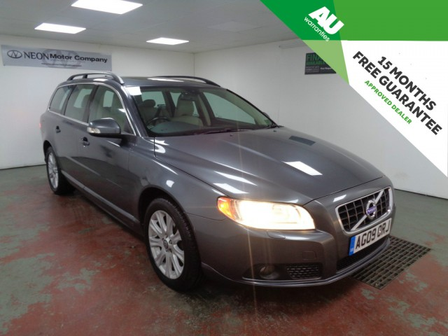 Used VOLVO V70 2.4 D SE 5DR AUTOMATIC in West Yorkshire