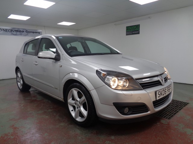 Used VAUXHALL ASTRA 1.9 SRI CDTI 8V 5DR in West Yorkshire
