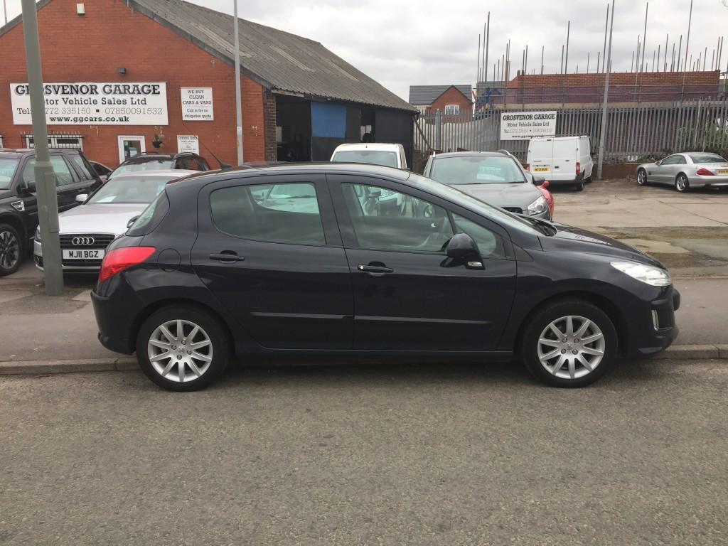 PEUGEOT 308 1.6 VERVE 5DR For Sale in Preston - Grosvenor Garage