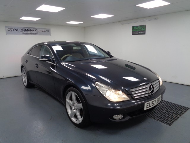 Used MERCEDES-BENZ CLS 3.0 CLS320 CDI 4DR AUTOMATIC in West Yorkshire