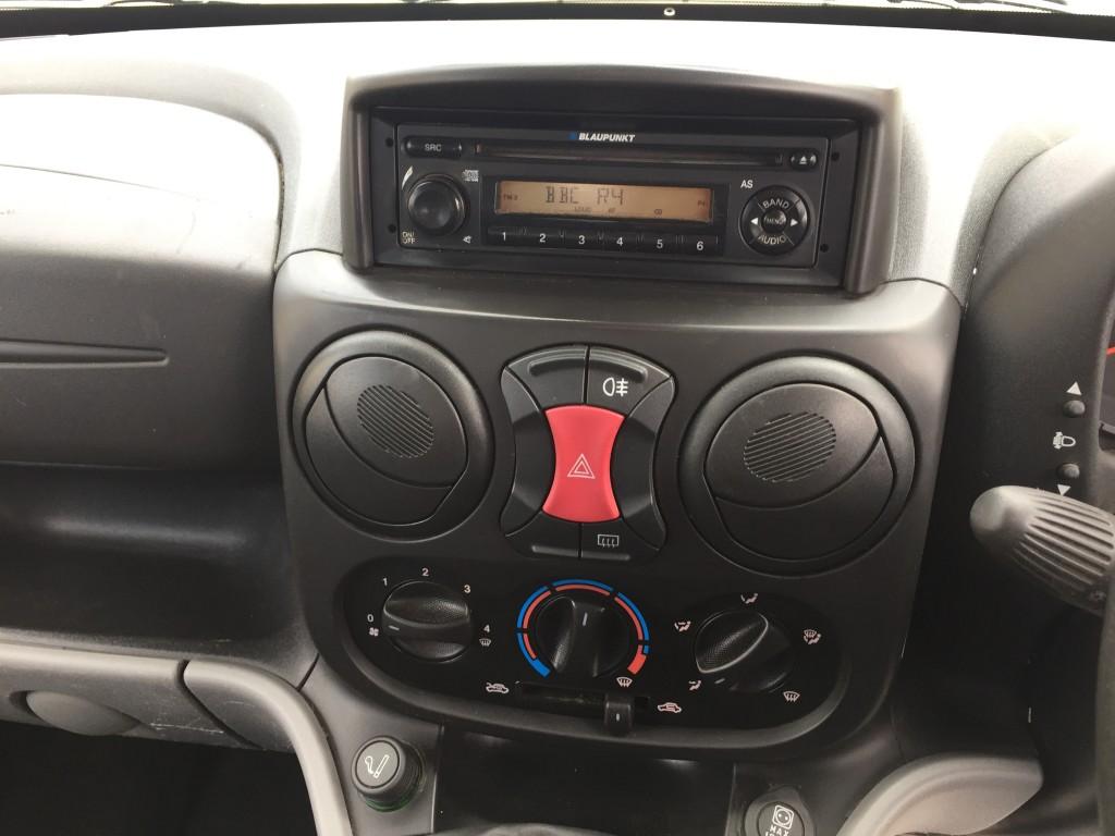 FIAT DOBLO 1.4 8V ACTIVE 5DR