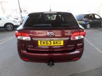 TOYOTA AVENSIS 2.0 D-4D ICON 5DR