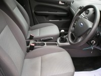 FORD FOCUS 1.6 LX 5DR