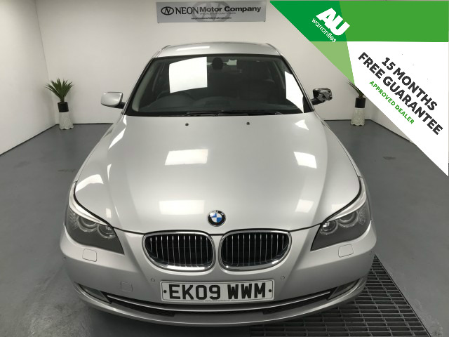 Used BMW 5 SERIES 3.0 530D SE 4DR AUTOMATIC in West Yorkshire