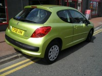 PEUGEOT 207 1.4 MPLAY 3DR