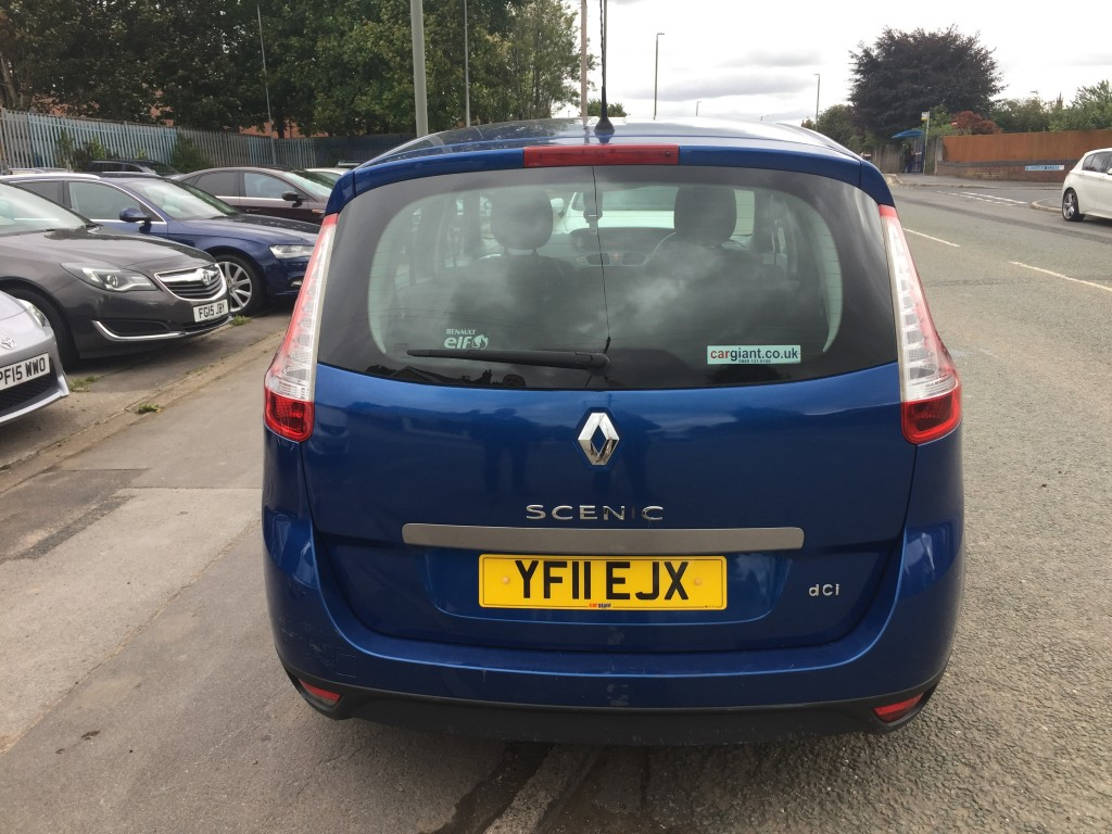 RENAULT SCENIC 1.5 EXPRESSION DCI 5DR
