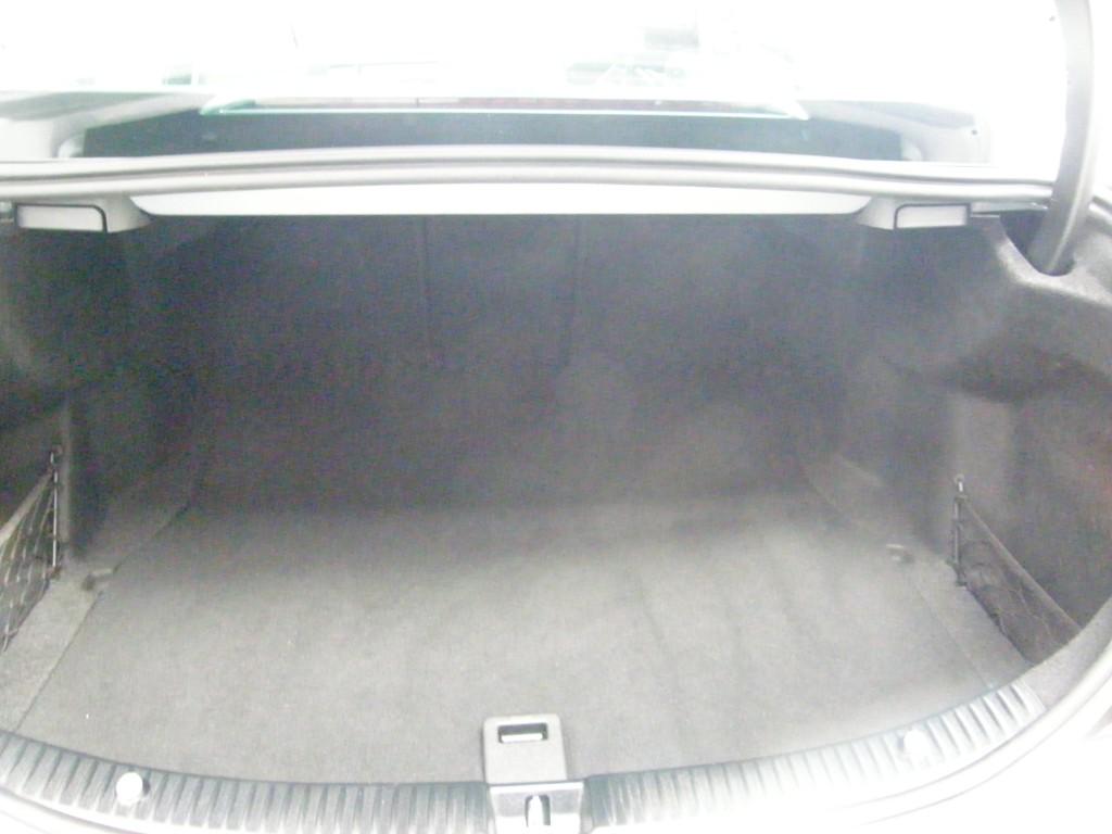 MERCEDES-BENZ C-CLASS 2.0 C200 AMG LINE PREMIUM 4DR AUTOMATIC
