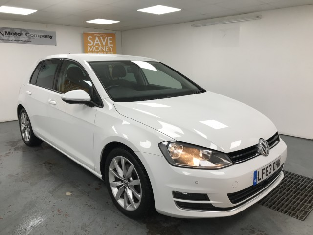 Used VOLKSWAGEN GOLF 2.0 GT TDI BLUEMOTION TECHNOLOGY DSG 5DR SEMI AUTOMATIC in West Yorkshire
