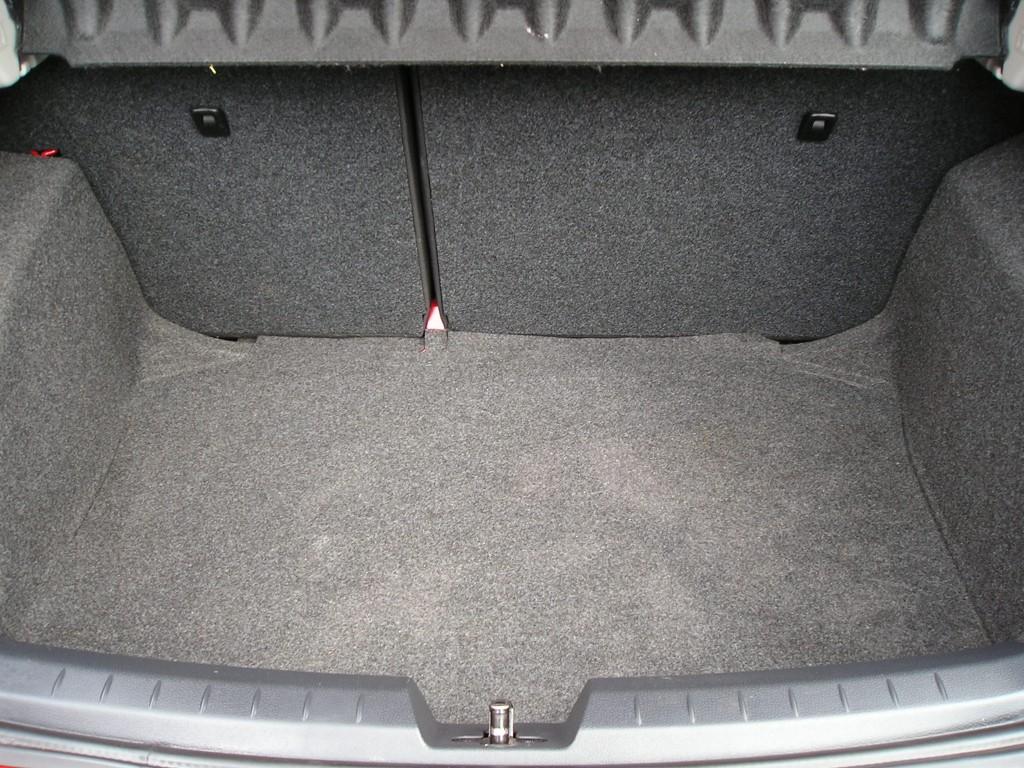 SEAT IBIZA 1.0 VISTA 5DR,12K ONLY